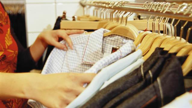 Die billigen Kleidungsstücke werden dabei aber kaum noch getragen