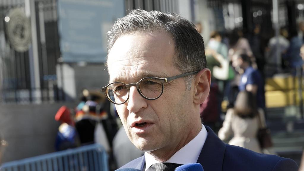 Außenminister Heiko Mass gab am Wochenende bekannt, dass keine Lieferungen von Waffen mehr genehmigt werden, die in Syrien eingesetzt werden könnten.