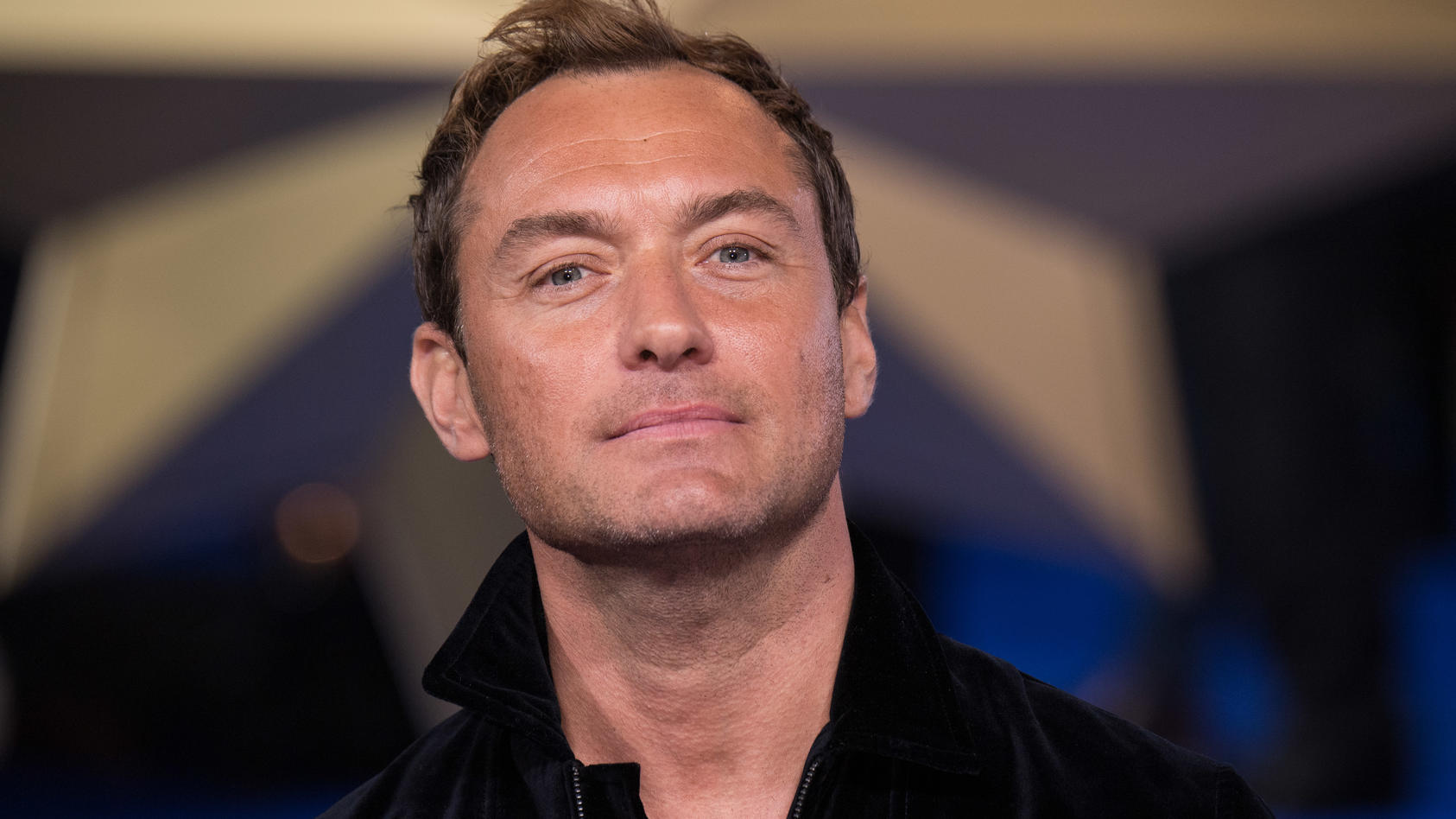 Jude Law ist ein stolzer Vater: Sein ältester Sohn Rafferty hat eine Hauptrolle ergattert.