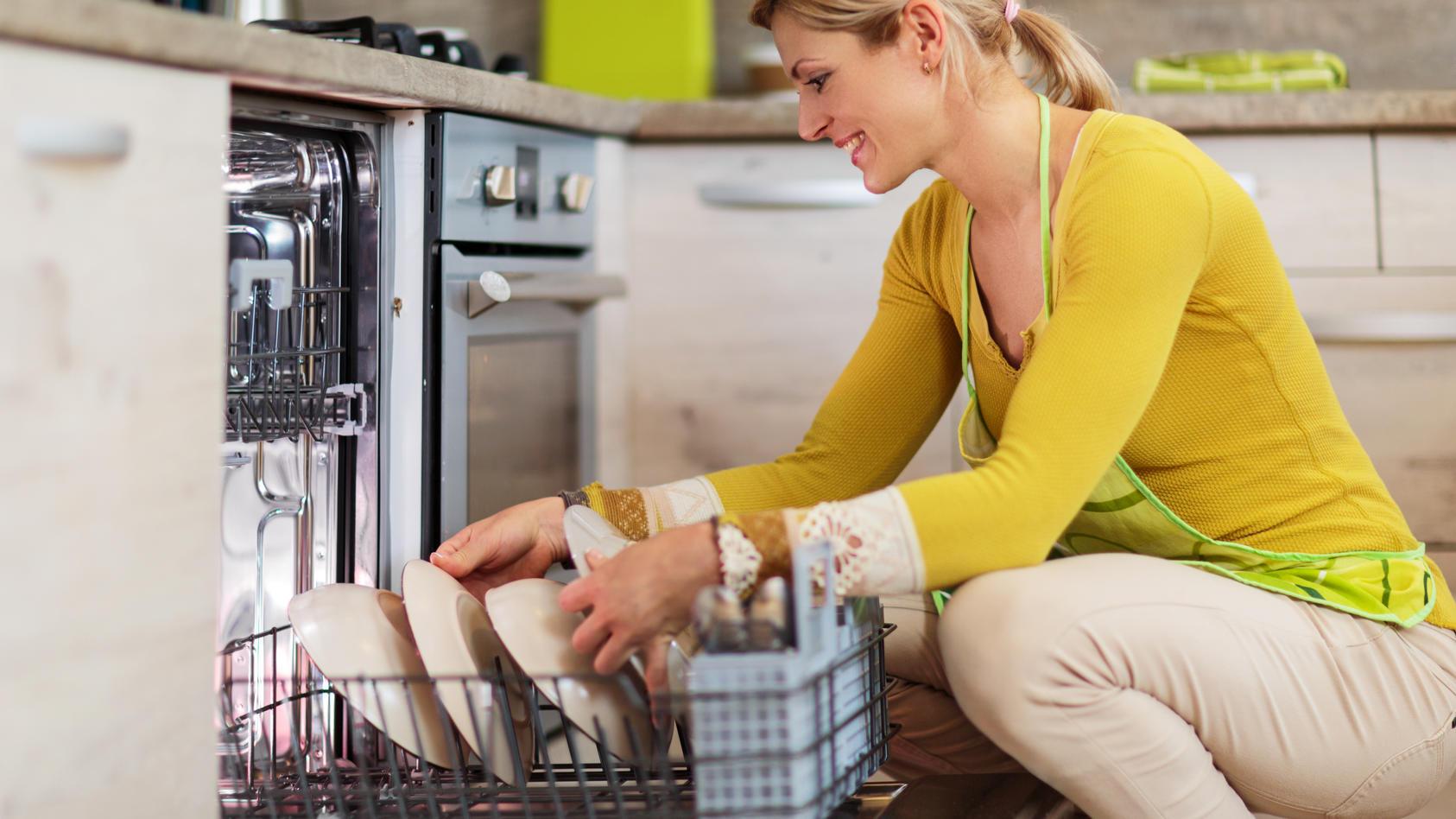 Classic-Geschirrspülreiniger gibt es als Tabs oder Pulver.