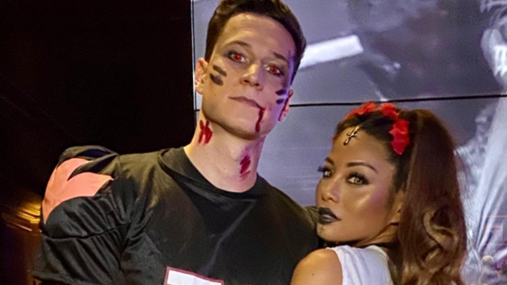 Julian Draxler und Sethanie Taing an Halloween