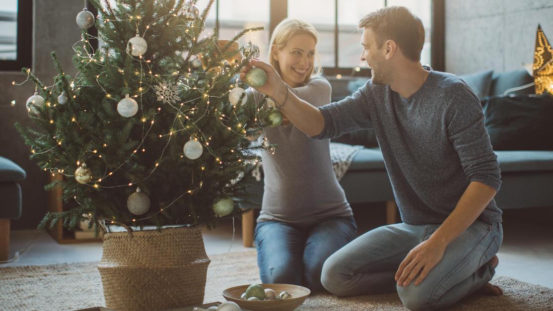 Auch Schwangere und Mütter freuen sich in der Adventszeit über kleine Geschenke.