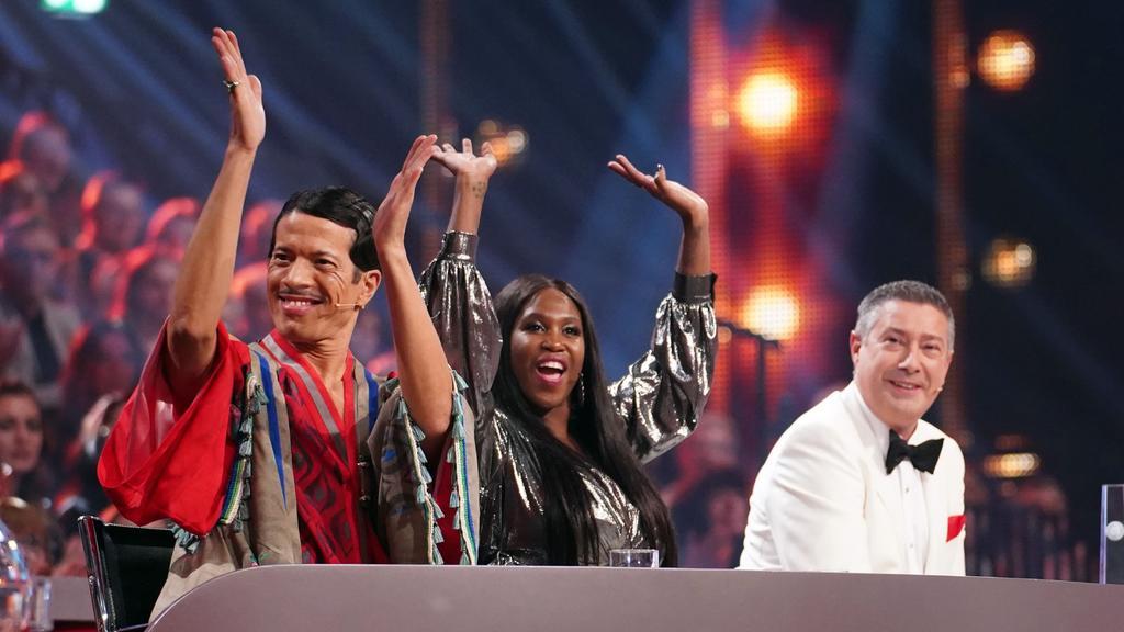 """Die """"Let's Dance""""-Jury ist sich nicht immer einig. Aber Motsi Mabuse weiß: """"Es ist immer mit Liebe gemeint."""""""