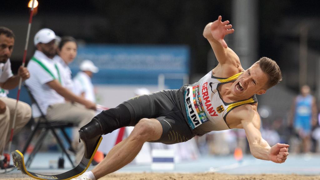 Dubai 2019 World Para Athletics Championships United Arab Emirates, 13.11.2019 DUBAI, UNITED ARAB EMIRATES - NOVEMBER 13: Markus Rehm GER competing in the men s T64 long jump final on day-7 of the Dubai 2019 World Para Athletics Championships at the