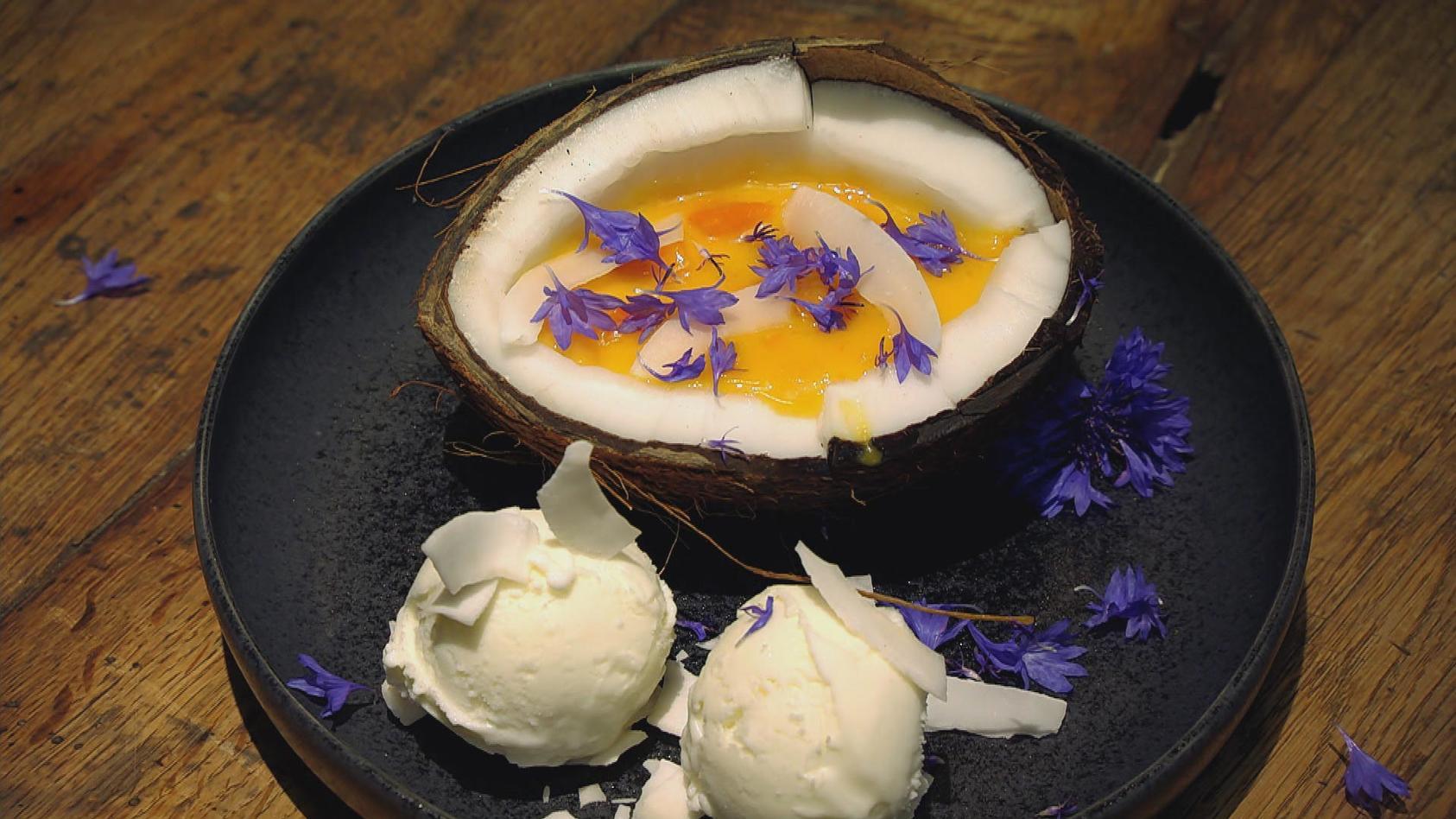 Entspannt ins Wochenende – Vorbereitet gutes Essen genießen: Aprikosen-Kokos-Grütze
