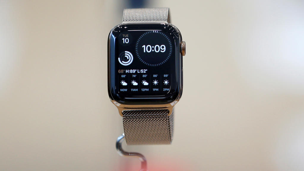 FILE PHOTO: An Apple Watch Series 5 is seen on display in the demonstration area during a launch event at their headquarters in Cupertino, California, U.S. September 10, 2019. REUTERS/Stephen Lam/File Photo