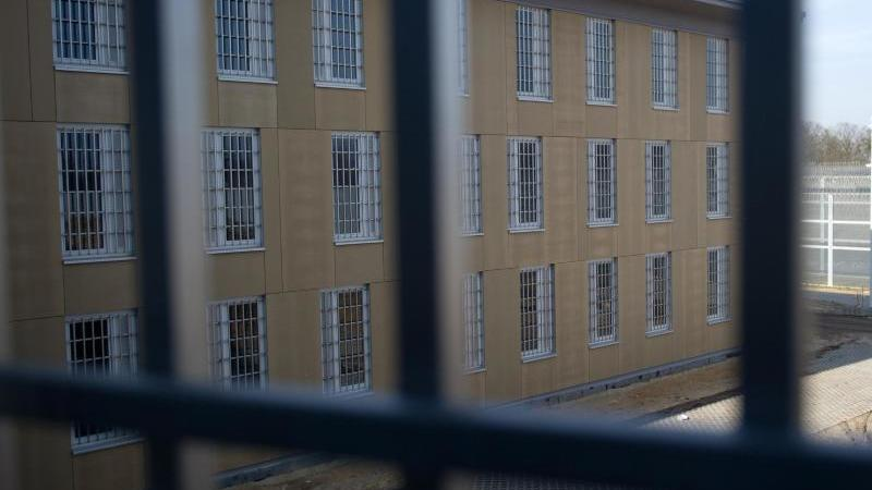Blick aus einer Zelle im Gefängnis Heidering