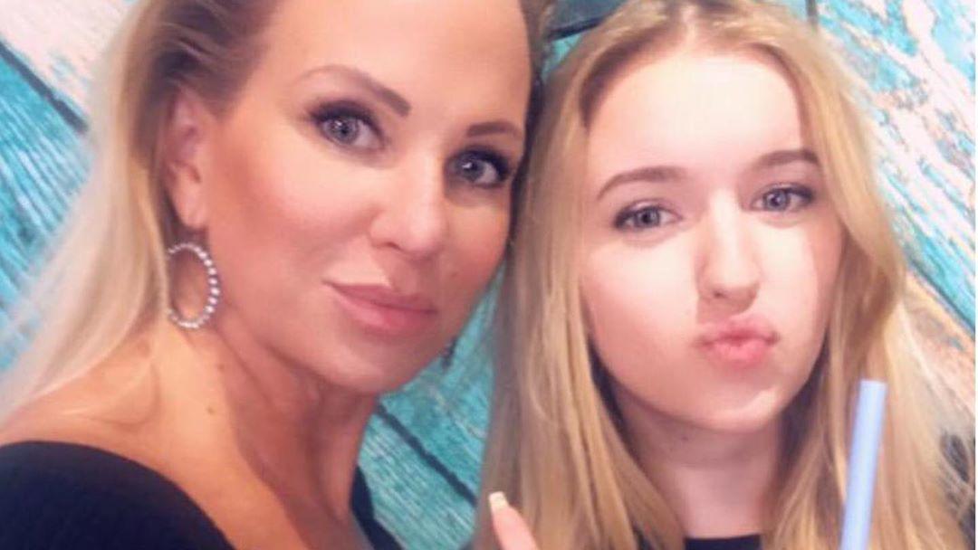 Claudia Norberg mit ihrer Tochter Adeline.