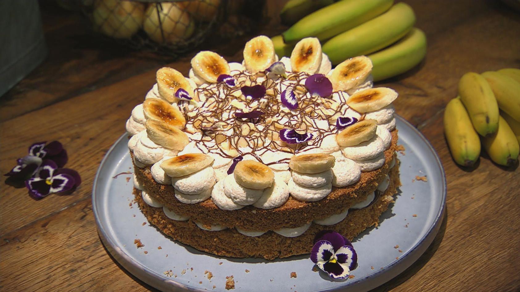 Es wird knusprig – Gerichte mit Nuss- und Mandelkern: Nuss-Bananen-Torte