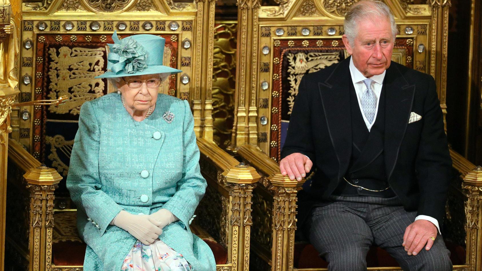 Queen Elizabeth und Prinz Charles sind nicht immer einer Meinung