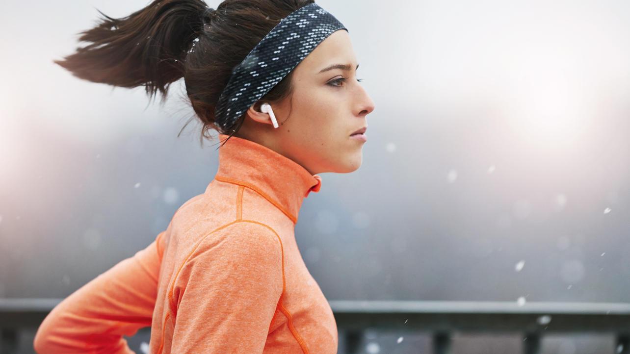 Beim Joggen im Winter sollten Sie auf die passende Kleidung achten