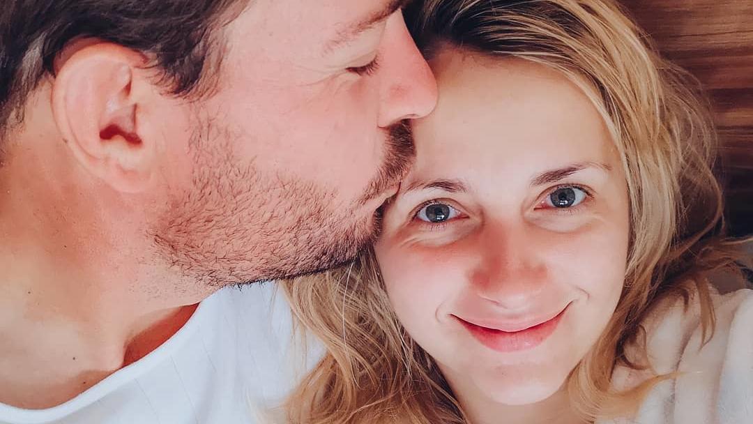 """""""Bauer sucht Frau""""-Stars Gerald und Anna Heiser sind Eltern geworden."""