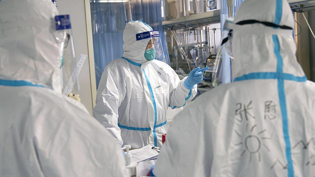 Coronavirus in China: Ärzte im Universitäts-Krankenhaus in Wuhan