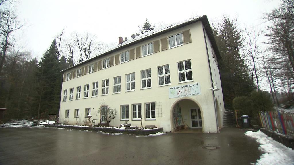 Schule Sandheim Aussenschuss