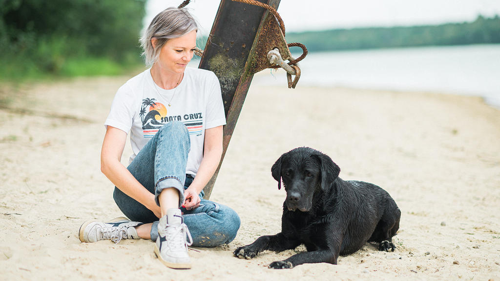 Martine und ihr Hund Balu.