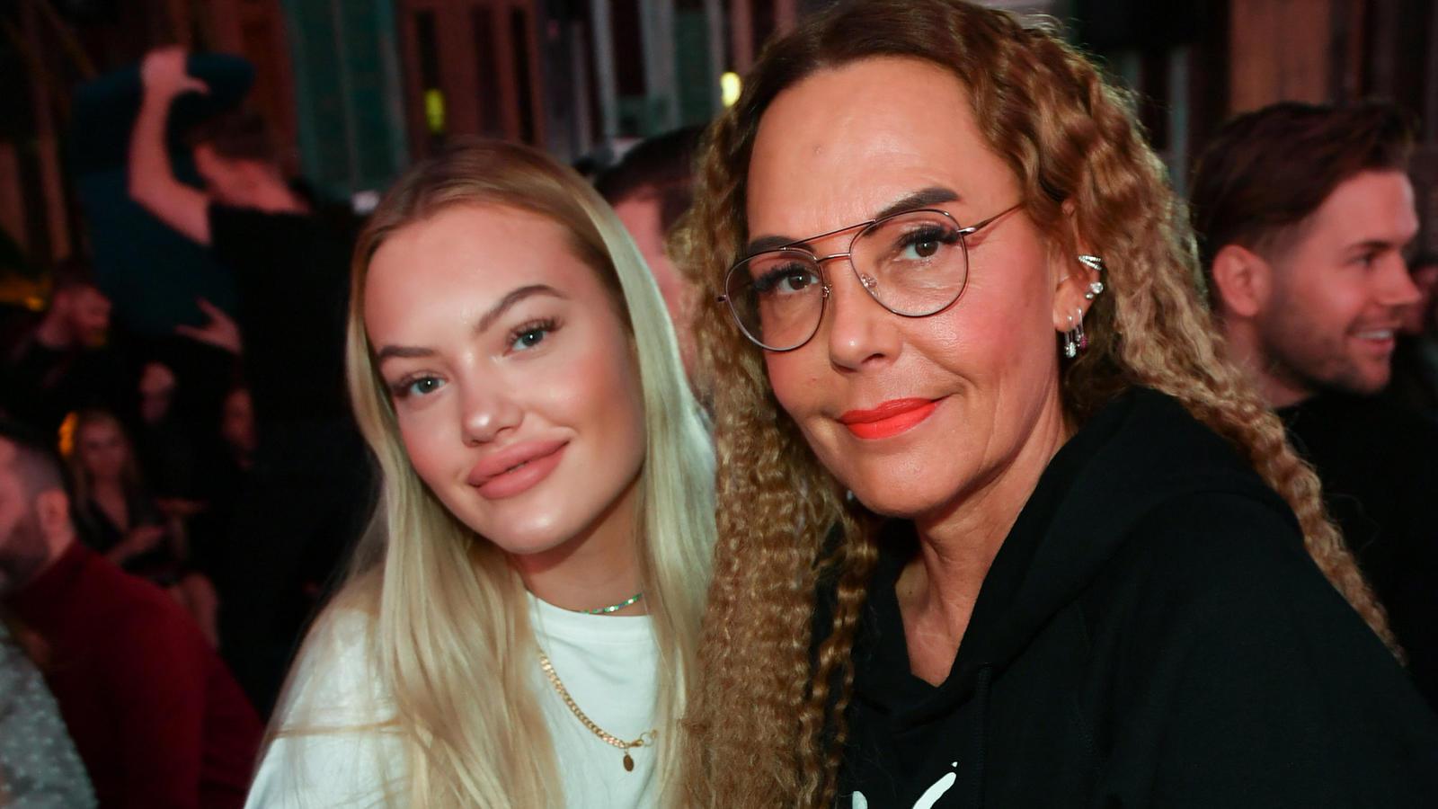 Natascha Ochsenknecht zusammen mit Tochter Cheyenne.