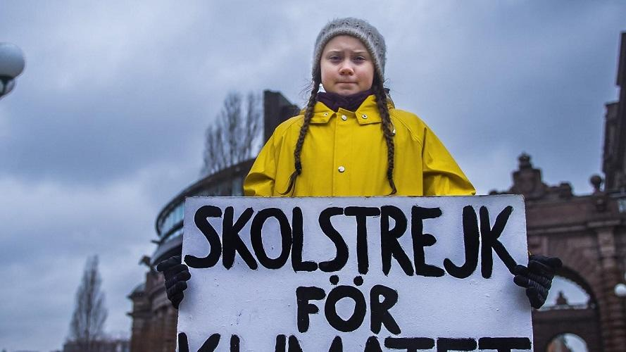 Seit August 2018 streikt Greta in Stockholm für eine bessere Klimapolitik und mehr Klimagerechtigkeit.
