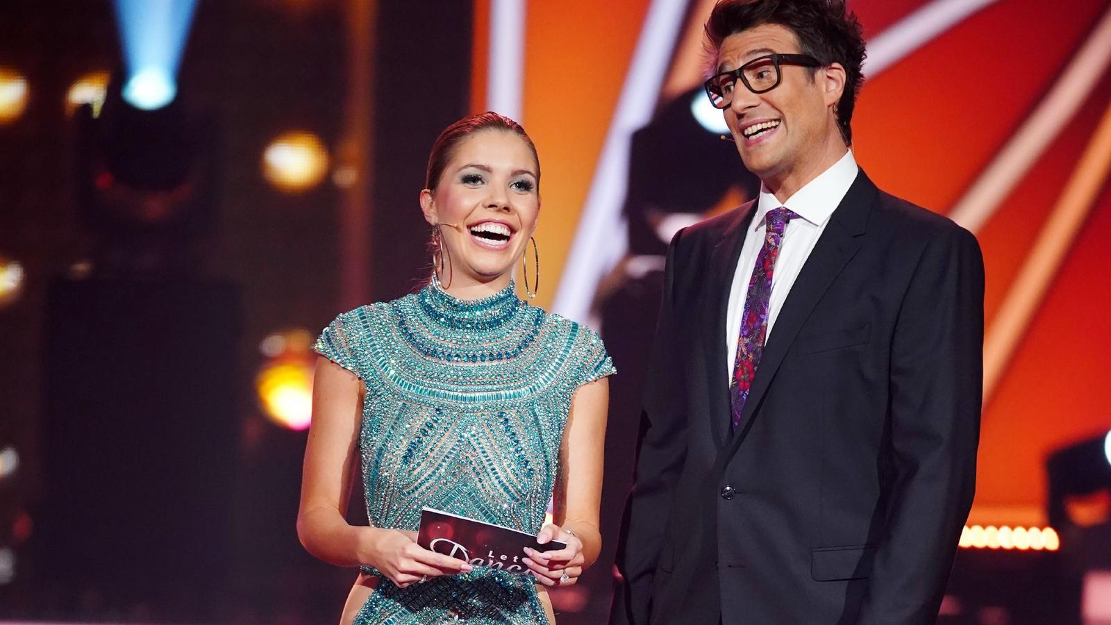 """Victoria Swarovski und Daniel Hartwich sind auch bei """"Let's Dance"""" 2021 wieder als Moderatren-Duo am Start."""