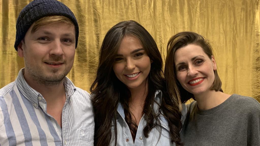 """Mit Martin Tietjen (links) und Bella Lesnik (rechts) hat Lili im Podcast über die Herausforderung """"Let's Dance"""" gesprochen."""