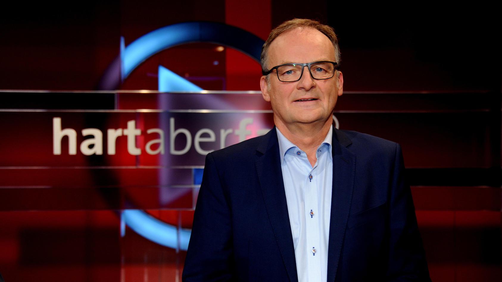 """Moderator Plasberg bei """"Hart aber fair"""""""