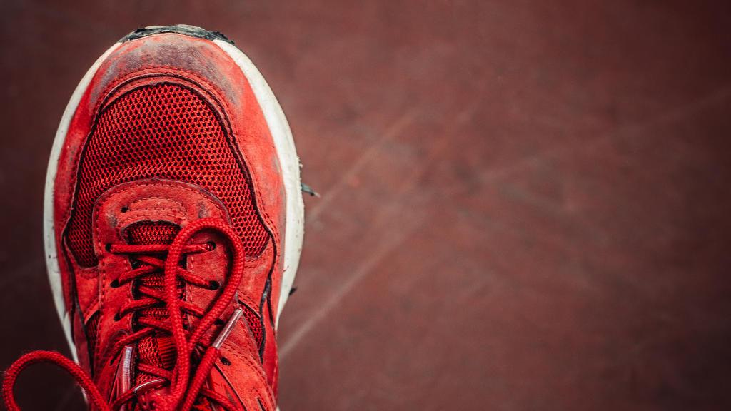 Verschmutzte Sneakers