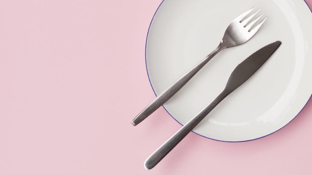 Wer kleinere Teller hat, isst auch weniger.