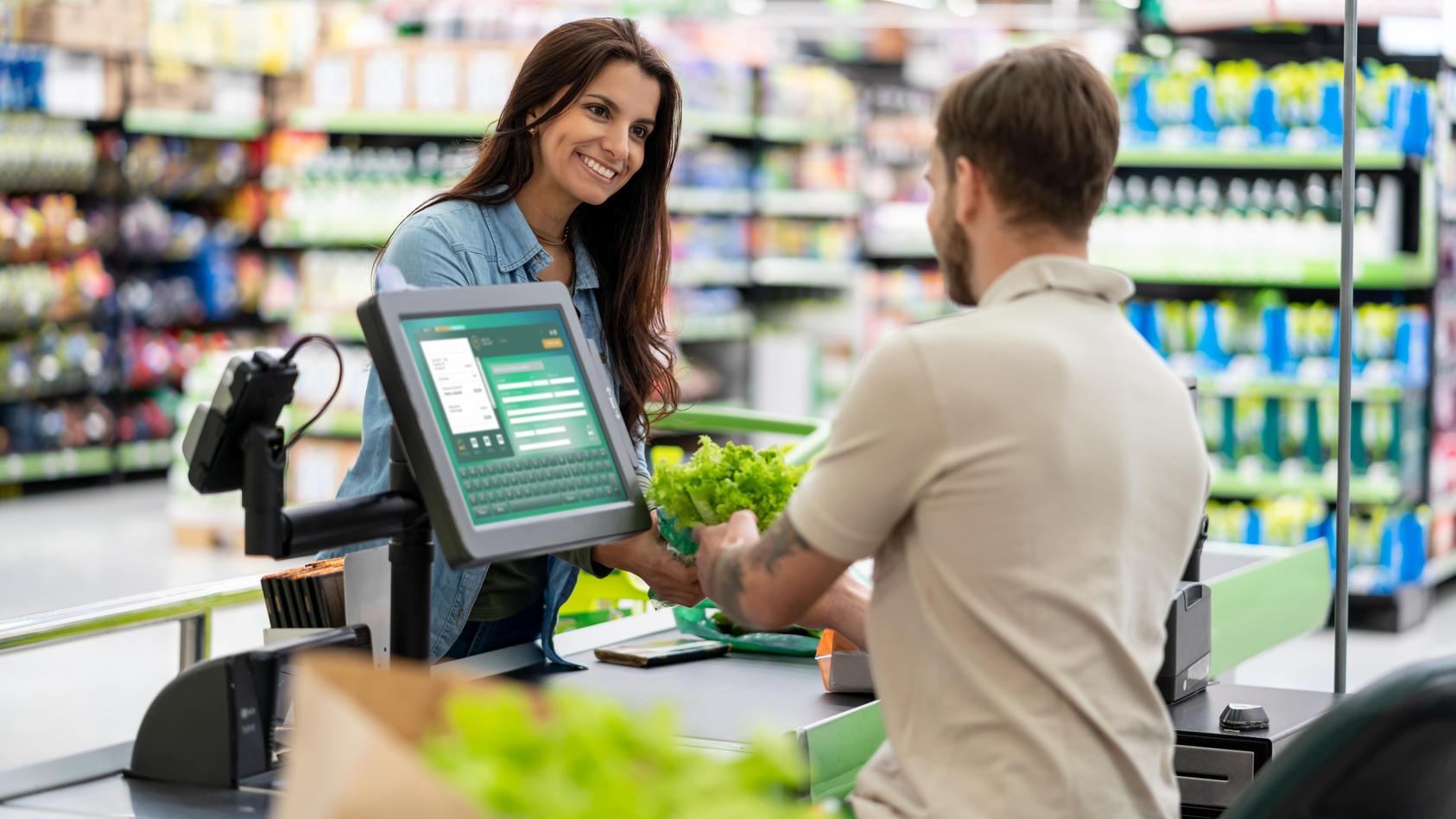 Reicht schon der kurze Kontakt an der Supermarktkasse, um als Kontaktperson zu gelten?