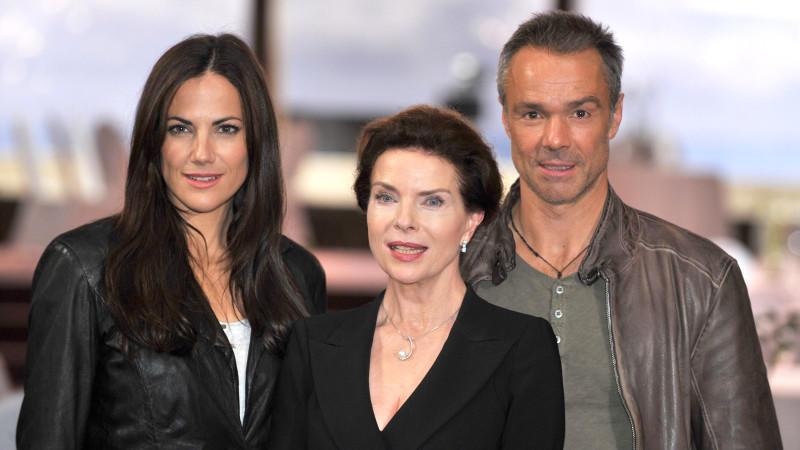Im richtigen Leben keine Gegner: Die Schauspieler Bettina Zimmermann, Gudrun Landgrebe und Hannes Jaenicke (von links)