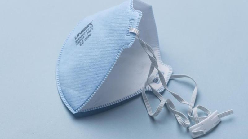 Eine Atemschutzmaske der Kategorie FFP2.