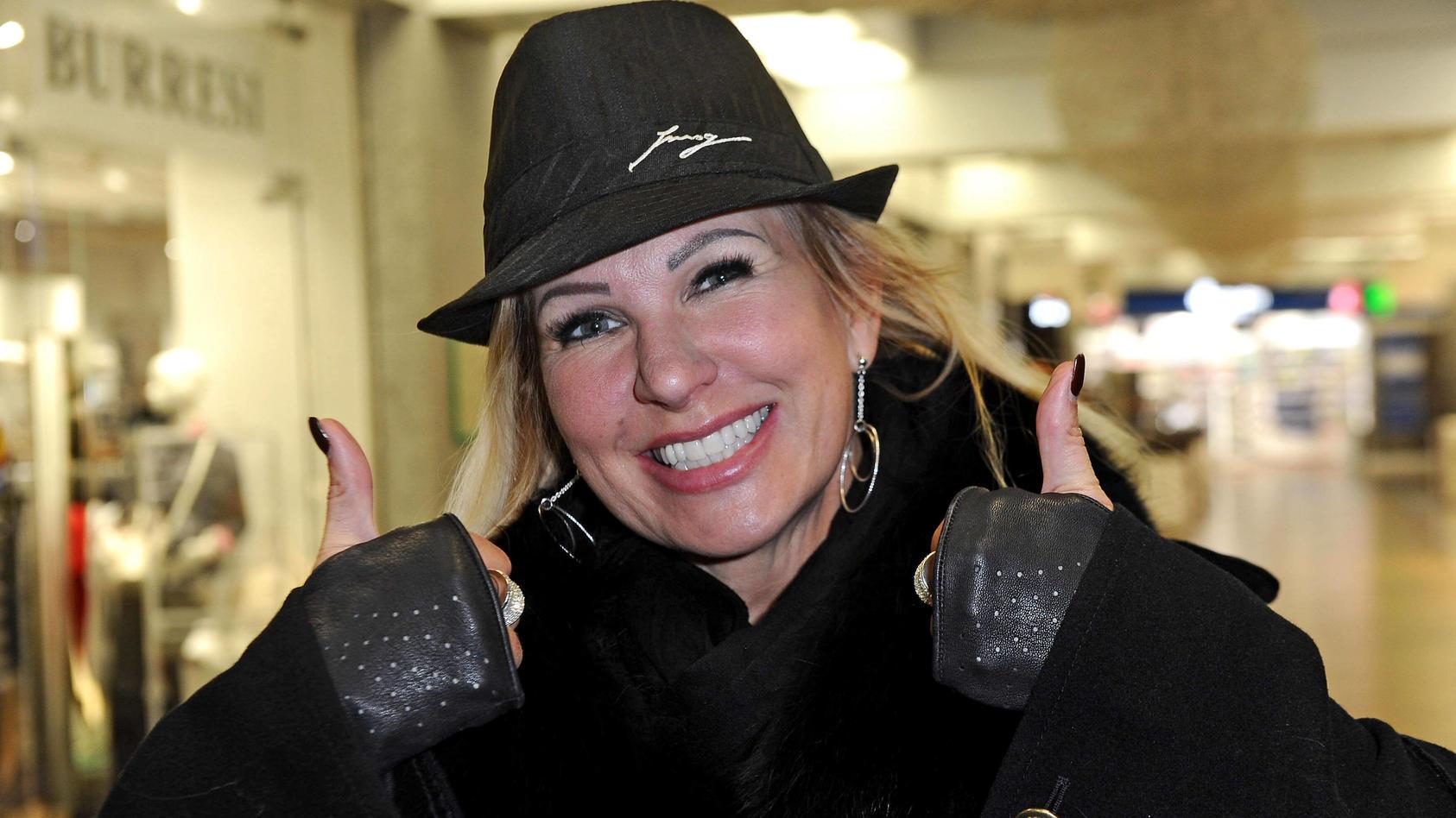 Datet Claudia Norberg einen Autohändler?