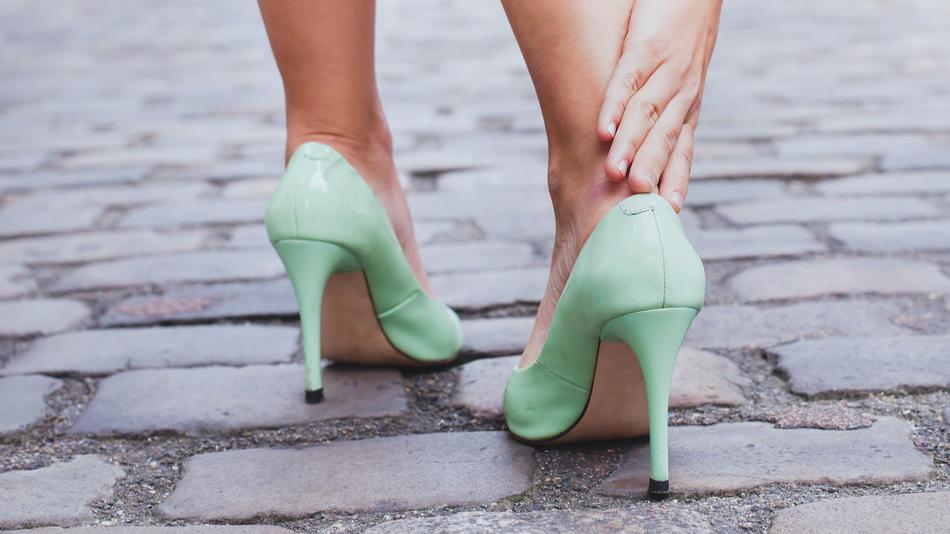Irgendwie passt der Fuß nicht in den zu großen Schuh? Wir zeigen, was jetzt hilft