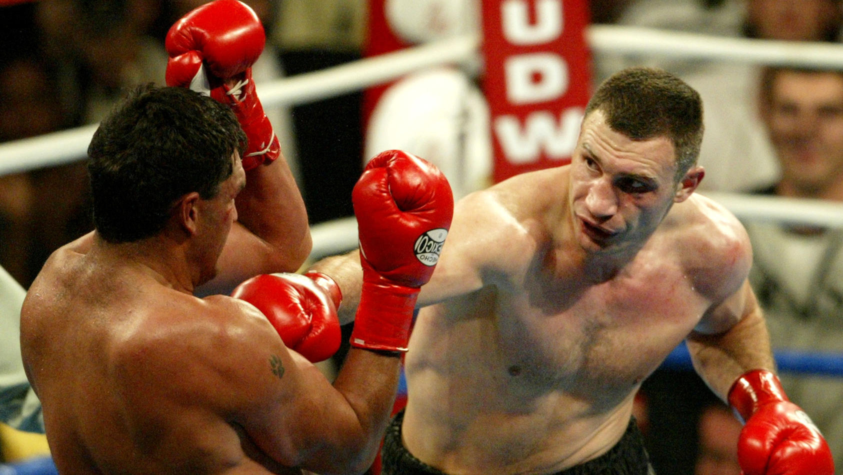FILE PHOTO: Ukraine's Vitali Klitschko lands a right hand on South Africa's Corrie Sanders en route to an eighth round technical knockout victory that gave him the vacant WBC and The Ring heavyweight titles at Staples Center, Los Angeles.