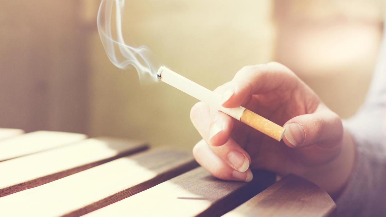 zigarettenqualm-schadigt-das-auge