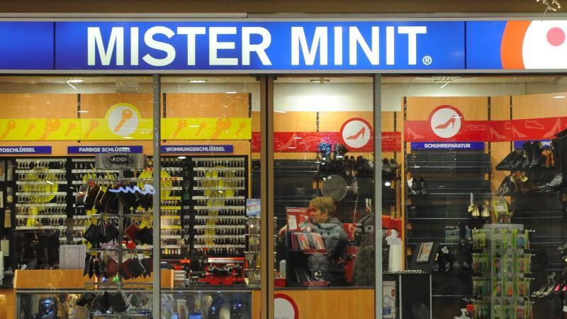 """Ein Geschäft der Kette """"Mister Minit""""."""