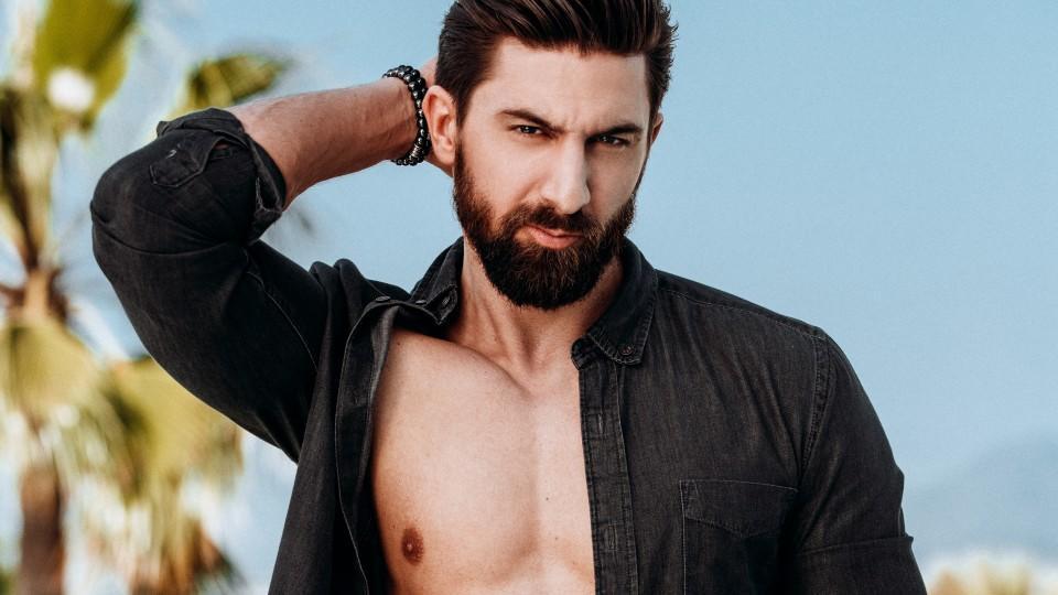 """Bei der Bachelorette suchte er zum ersten Mal im TV nach der Liebe, jetzt versucht es Sebastian Fobe im RTLZWEI-Format """"Match""""."""