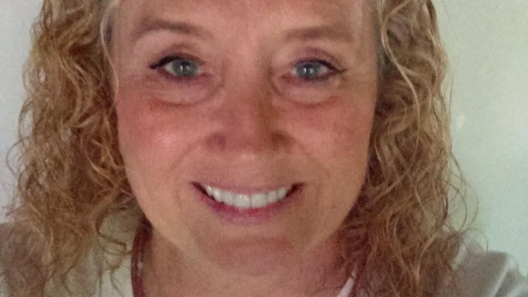 Nach Audrey Gaddis' Hautkrebs-Diagnose konnte sie nur die Amputation ihres Daumens retten.