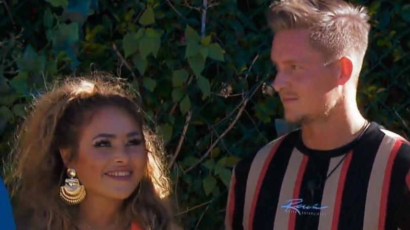 """""""Are You The One?"""": Laura und René sind überrascht, wie gut ihr Date lief."""