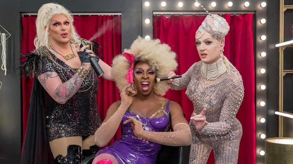 Das Drag-Trio im Überblick: Barbie Breakout, Kelly Heelton und Sheila Wolf.