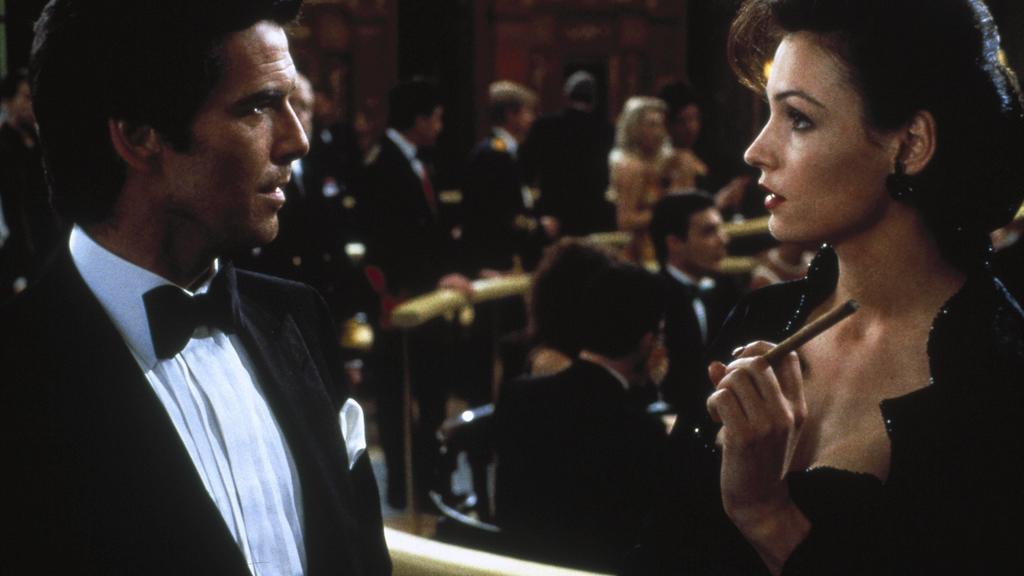 James Bond und Xenia Onatopp stellen sich vor