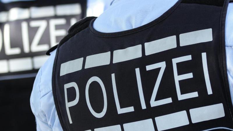 Der in Wesseling bei Köln gefundene Unterschenkelist nach Angaben der Polizei in einem Krankenhaus amputiert worden (Symbolbild).