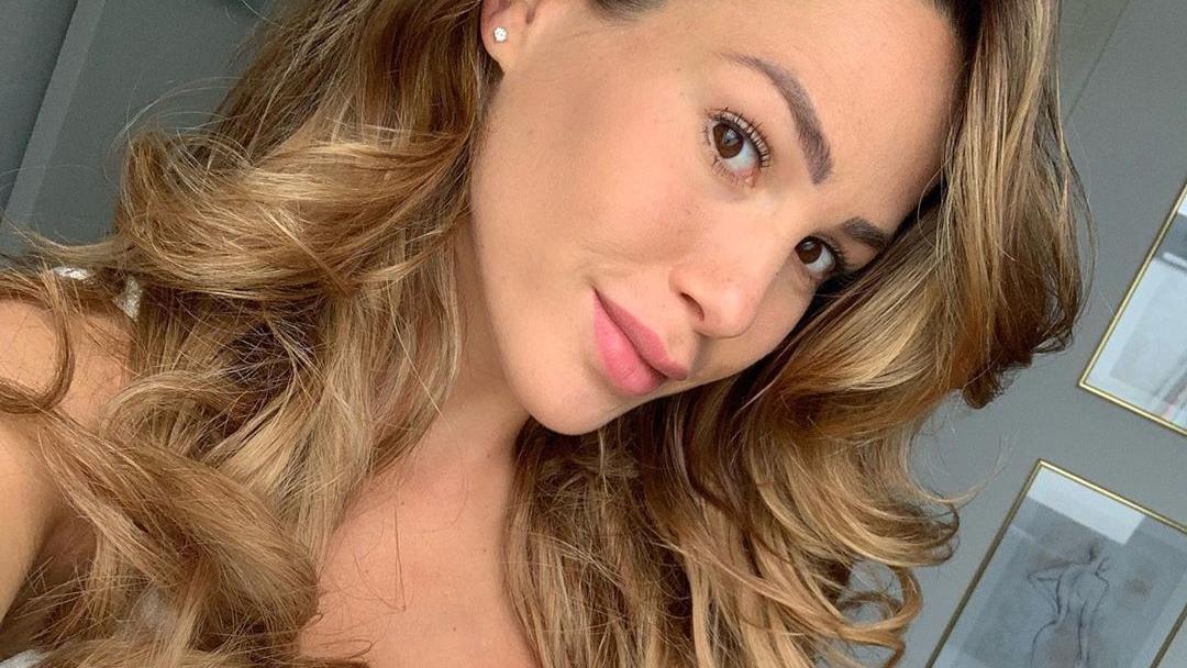 angelina-pannek-zeigt-sich-bei-instagram-sexy