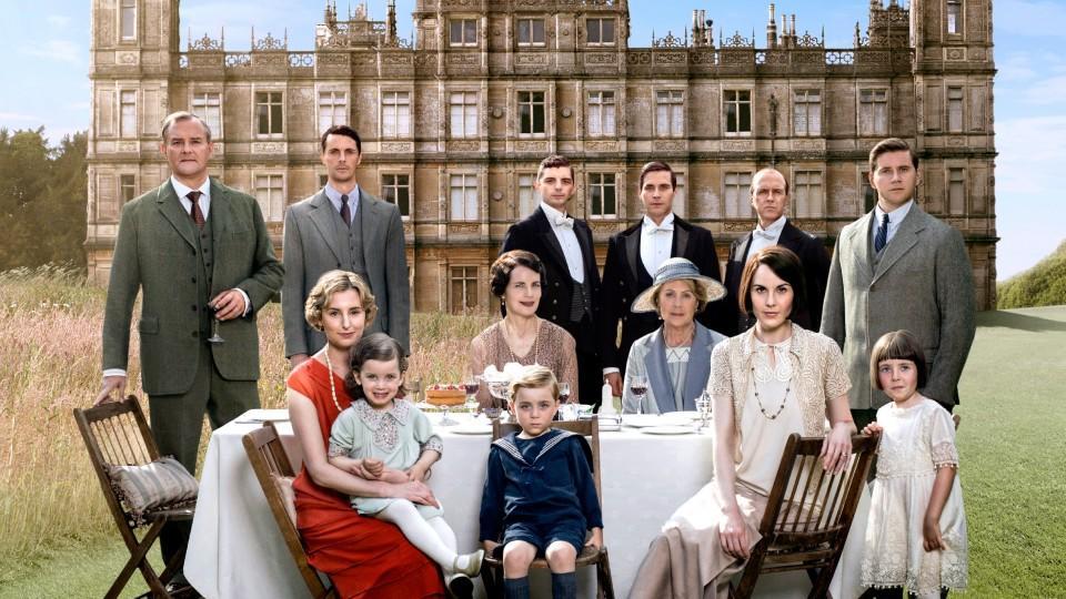 """Über 6 Staffeln lang haben """"Downton Abbey""""-Fans das Schicksal der Familie Crawley und ihres Haushaltes begleitet"""