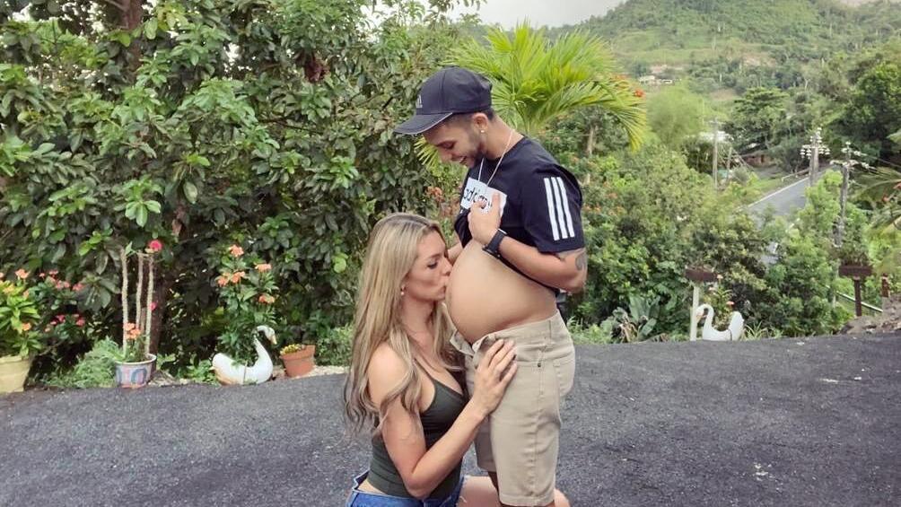 Danna Sultana und ihr Ehemann Esteban Landrau sind in froher Erwartung.