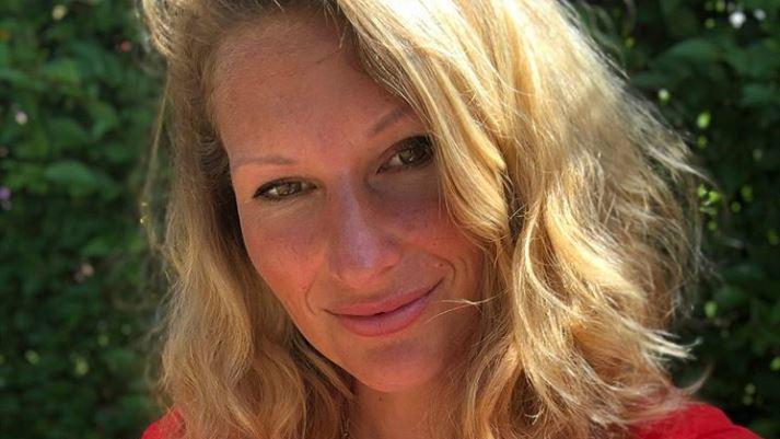 Janni Hönscheid stillt begeistert und auch gern in der Öffentlichkeit