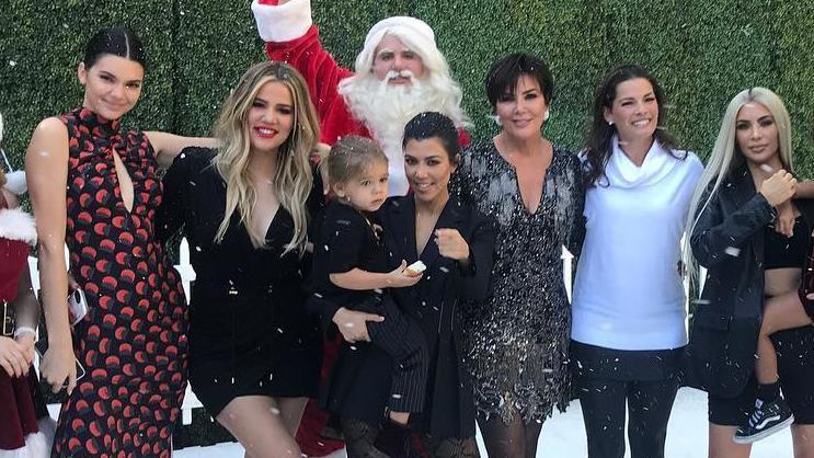 """Die Kardashian-Jenner-Familie teilt ihr Leben in der Reality-Serie """"Keeping up with the Kardashians"""" mit der Welt."""