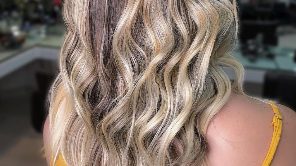 Shadow Hair macht aus feinem Haar eine voluminöse Wallemähne.