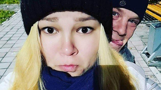 Margarita Yanayeva (23) und ihr Partner Alexey (35) ließen ihre Kinde vier Tage allein, um Party zu machen.