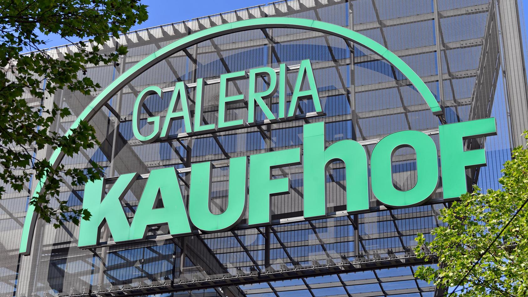 Die Marken Karstadt und Kaufhof sollen bald verschwinden.
