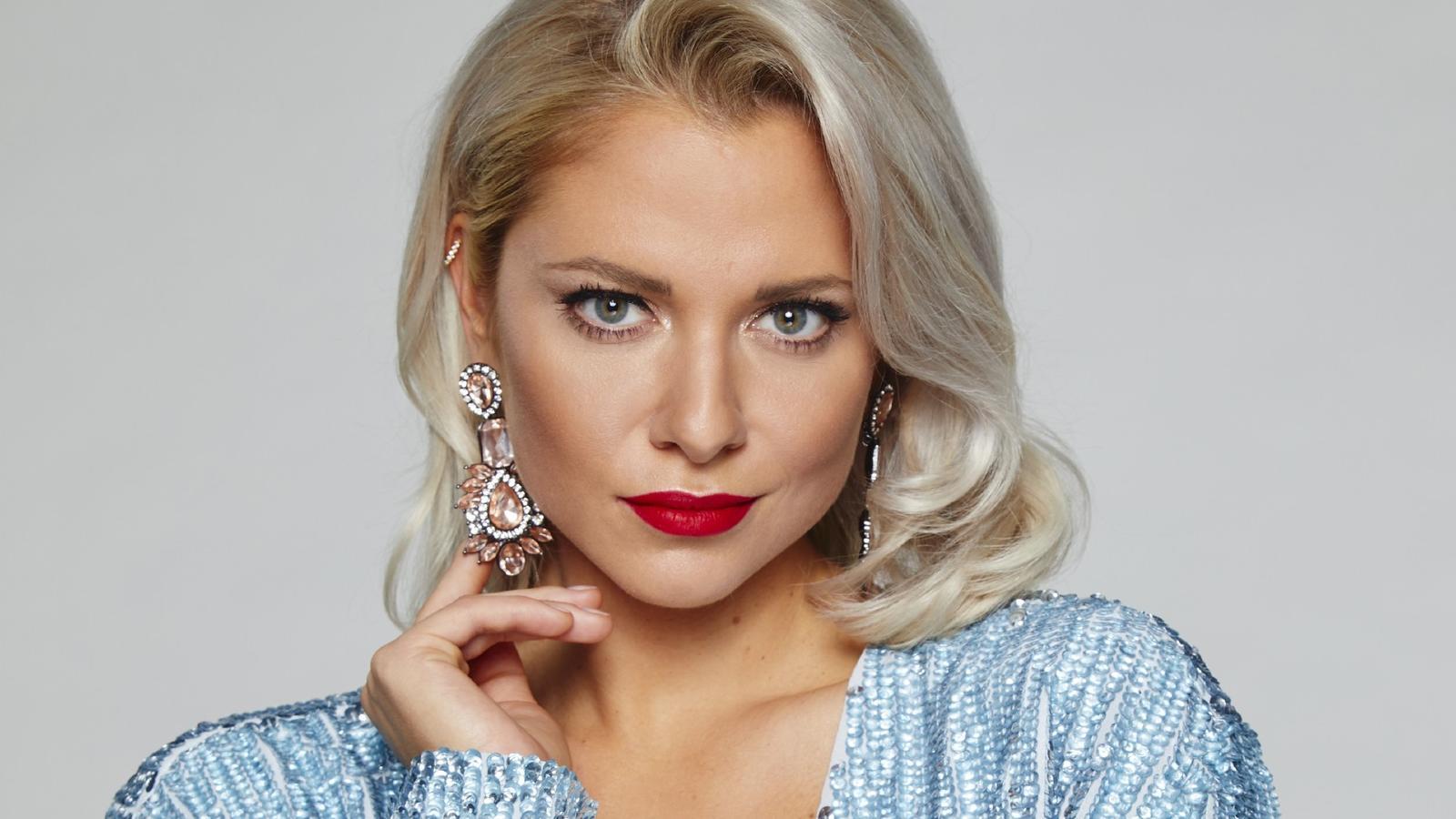 Valentina Pahde denkt an ihren Urlaub zurück.
