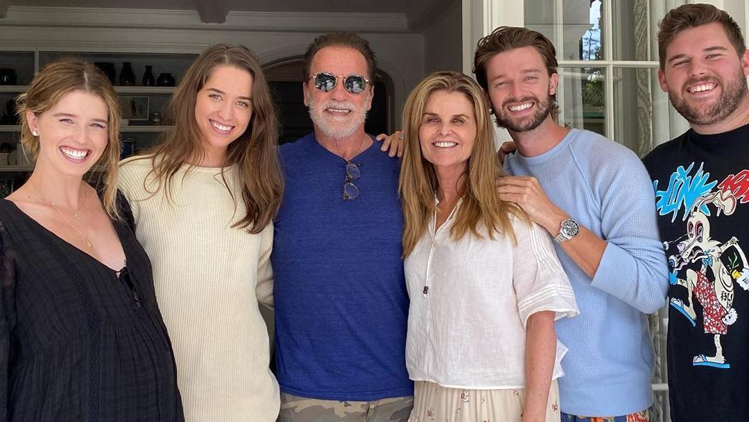 Arnold Schwarzenegger und Maria Shriver mit ihren vier Kindern Katherine, Christina, Christopher und Patrick